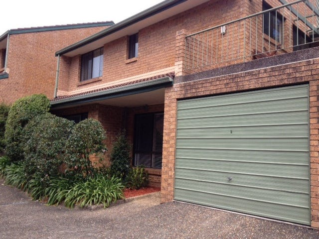 2/11 Busaco Road, Marsfield, NSW 2122