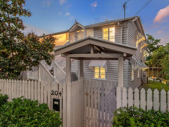 204 Norman Ave, Norman Park, Qld 4170