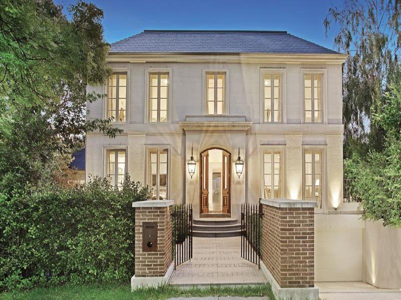 Sold price for 5 mcmaster court toorak vic 3142 for French style homes for sale