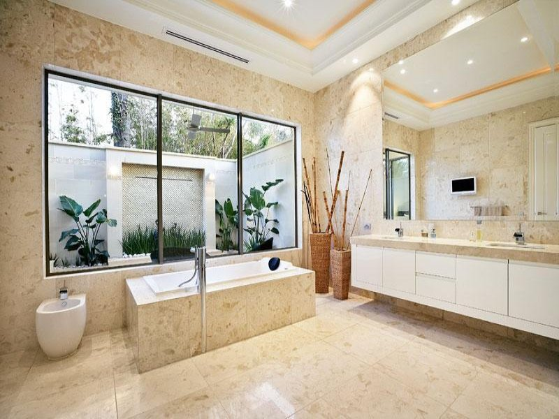 Classic bathroom design with recessed bath using marble - Bathroom Photo 1603209