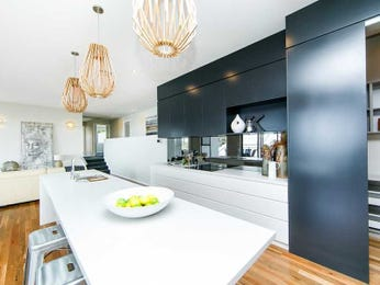 Chandelier in a kitchen design from an Australian home - Kitchen Photo 17200429