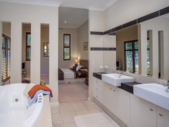Photo of a bathroom design from a real Australian house - Bathroom photo 8667349