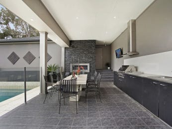 Outdoor living design with bbq area from a real Australian home - Outdoor Living photo 2302201