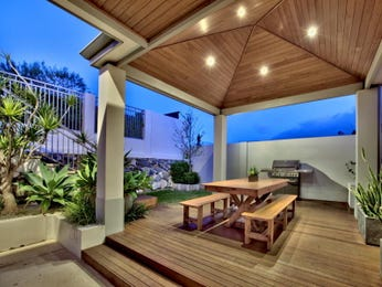 Indoor-outdoor outdoor living design with bbq area & decorative lighting using timber - Outdoor Living Photo 120498