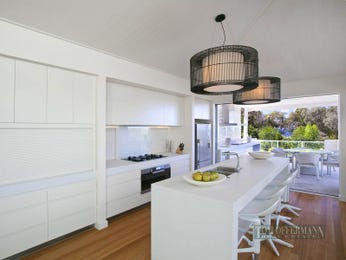 Chandelier in a kitchen design from an Australian home - Kitchen Photo 7912969