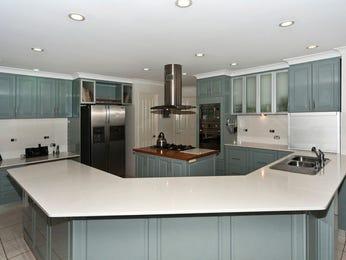 Modern u shaped kitchen designs with island bench for Modern u shaped kitchen designs