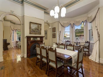 Photo of a dining room design idea from a real Australian house - Dining Room photo 15390249