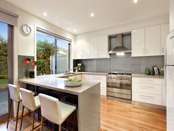 modern u shaped kitchen design using floorboards kitchen photo 123831
