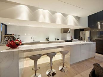 Marble in a kitchen design from an Australian home - Kitchen Photo 949751
