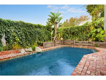 Photo of a tropical pool from a real Australian home - Pool photo 1091920