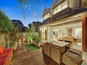 Outdoor living design with balcony from a real Australian home - Outdoor Living photo 1164849