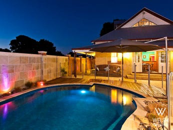 Photo of a modern pool from a real Australian home - Pool photo 1422787