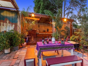 Outdoor living design with outdoor dining from a real Australian home - Outdoor Living photo 7330729