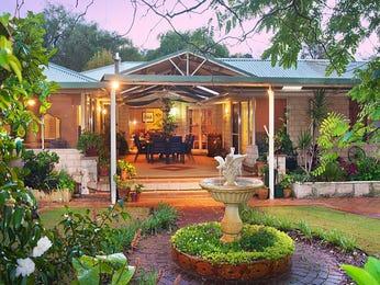 Photo of a tropical garden design from a real Australian home - Gardens photo 1438466