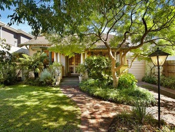 Brick californian bungalow house exterior with french doors & landscaped garden - House Facade photo 131213
