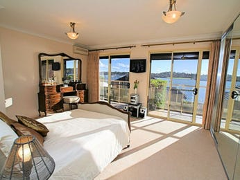 Neutral bedroom design idea from a real Australian home - Bedroom photo 505740