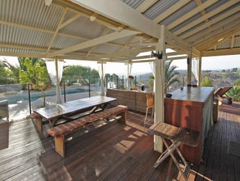 Outdoor living design with balcony from a real Australian home - Outdoor Living photo 441157