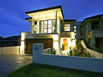 Photo of a concrete house exterior from real Australian home - House Facade photo 436892