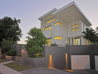 Photo of a brick house exterior from real Australian home - House Facade photo 358480