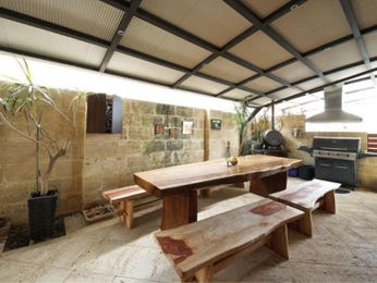 Outdoor living design with bbq area from a real Australian home - Outdoor Living photo 8441709