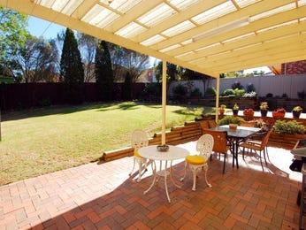 Indoor-outdoor outdoor living design with verandah & ground lighting using stone - Outdoor Living Photo 191508