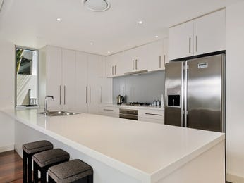 Charming Galley Kitchen With Breakfast Bar 3: Galley Kitchen Designs With Breakfast Bar photo - 5