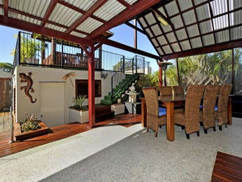 Outdoor living design with bbq area from a real Australian home - Outdoor Living photo 1603421