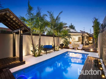 Photo of a modern pool from a real Australian home - Pool photo 16356957