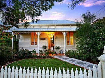 Photo of a corrugated iron house exterior from real Australian home - House Facade photo 355985