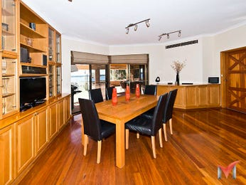 Photo of a dining room design idea from a real Australian house - Dining Room photo 8971141