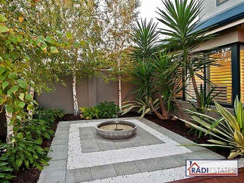 Tropical garden ideas for Back garden designs australia