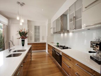 Classic galley kitchen design using floorboards - Kitchen Photo 253212