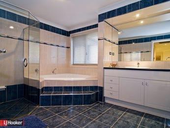 Classic bathroom design with corner bath using tiles - Bathroom Photo 398231