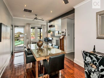 Photo of a dining room design idea from a real Australian house - Dining Room photo 15650905