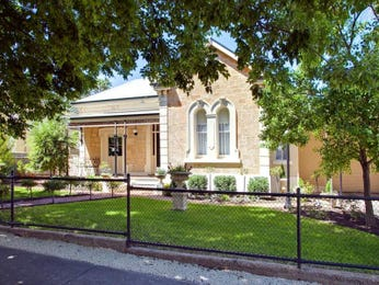 Photo of a brick house exterior from real Australian home - House Facade photo 254867