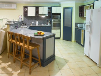 Tiles in a kitchen design from an Australian home - Kitchen Photo 17689401