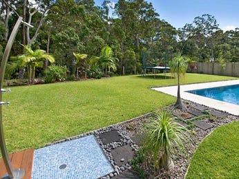 Freeform pool design using slate with bbq area & decorative lighting - Pool photo 446682