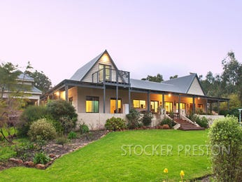 Photo of a weatherboard house exterior from real Australian home - House Facade photo 1506925