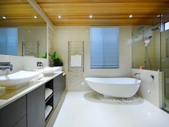 Modern bathroom design with freestanding bath using ceramic - Bathroom Photo 7066161
