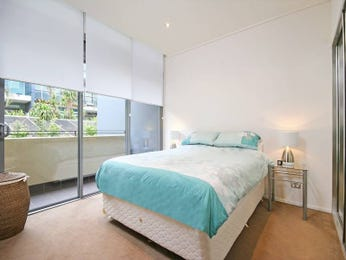 Pastel bedroom design idea from a real Australian home - Bedroom photo 462202