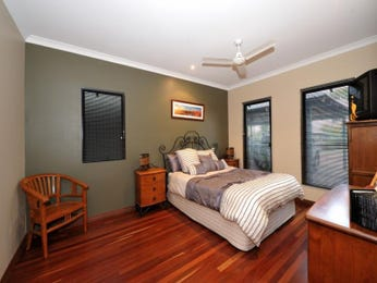Classic bedroom design idea with hardwood & louvre windows using brown colours - Bedroom photo 1473475