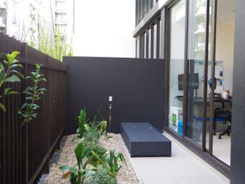 Photo of a low maintenance garden design from a real Australian home - Gardens photo 15266437