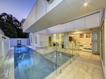 Photo of a modern pool from a real Australian home - Pool photo 16657833