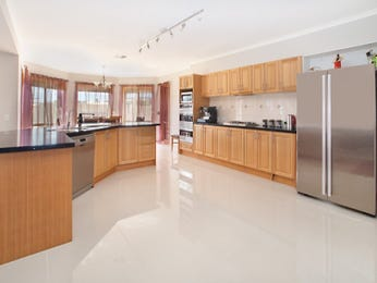 Granite in a kitchen design from an Australian home - Kitchen Photo 1136948