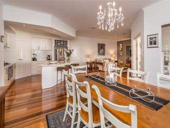 Photo of a dining room design idea from a real Australian house - Dining Room photo 16828373