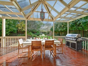 Outdoor living design with bbq area from a real Australian home - Outdoor Living photo 1297576