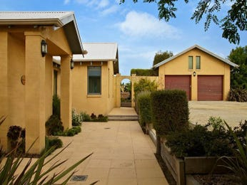 Photo of a pavers house exterior from real Australian home - House Facade photo 1583705