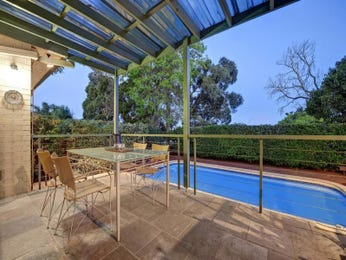 Outdoor living design with outdoor dining from a real Australian home - Outdoor Living photo 653661