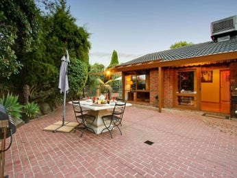 Outdoor living design with bbq area from a real Australian home - Outdoor Living photo 907980