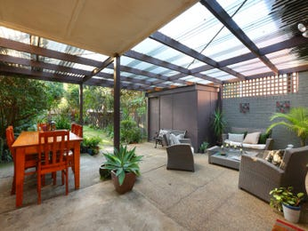 Outdoor living design with outdoor dining from a real Australian home - Outdoor Living photo 8667537